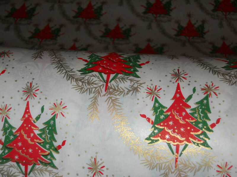 VTG CHRISTMAS WRAPPING PAPER GIFT WRAP 2 YARDS GOLD RED GREEN TREES 1950 NOS