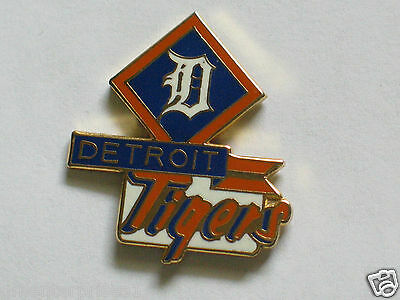 Detroit Tigers Baseball Banner Pin , (**)