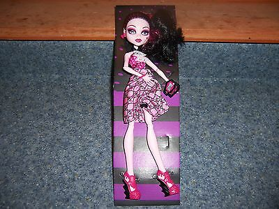 Monster High Dot Dead Gorgeous DRACULAURA Party Doll New Loose Walmart EXCLUSIVE - Monster High Walmart