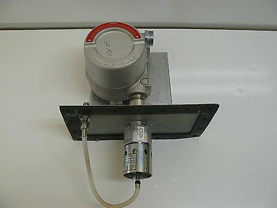 SIEGER 00705-A-1733 COMBUSTIBLE GAS SENSOR WITH AKRON ELECTRIC XJIHS1 ENCLOSURE