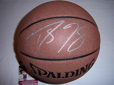f124b69e3735 Balls - Lakers Signed Basketball - Trainers4Me