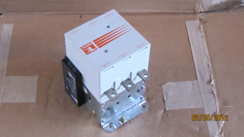 LOVATO CONTACTOR B145 24V COIL WITH G354 AUX CONTACT