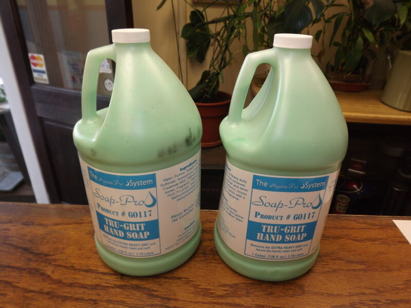 2 GALLONS LOT TRU-GRIT PRO MECHANIC HAND SOAP  #60117