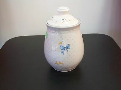 Country Duck,TEA Canister w Lid, 5 1/8