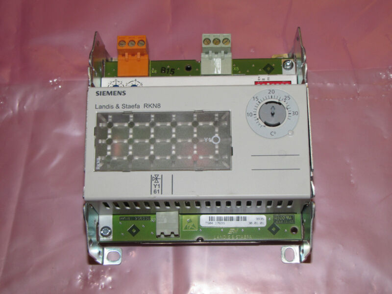 Siemens Landis & Staefa Universal Controller RKN8