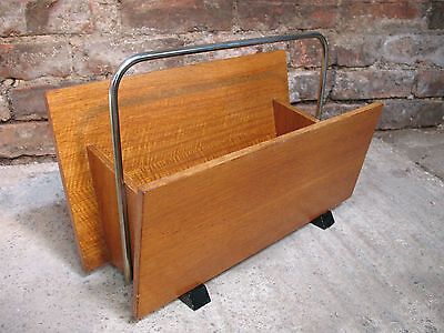 LOVELY SUPER RETRO CHROME / TEAK MAGAZINE RACK IN MINT COND (MR 12)