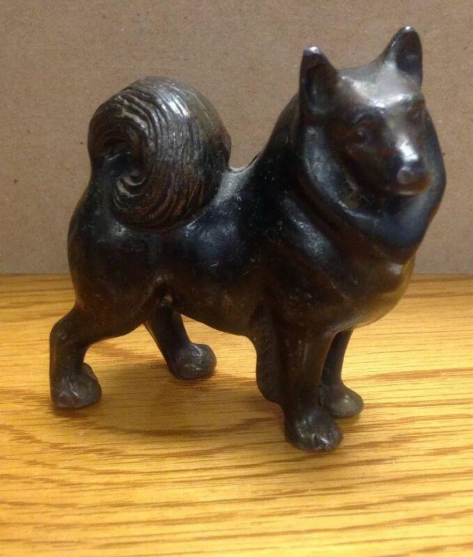 Lead Metal Chow Dog Figure Figurine