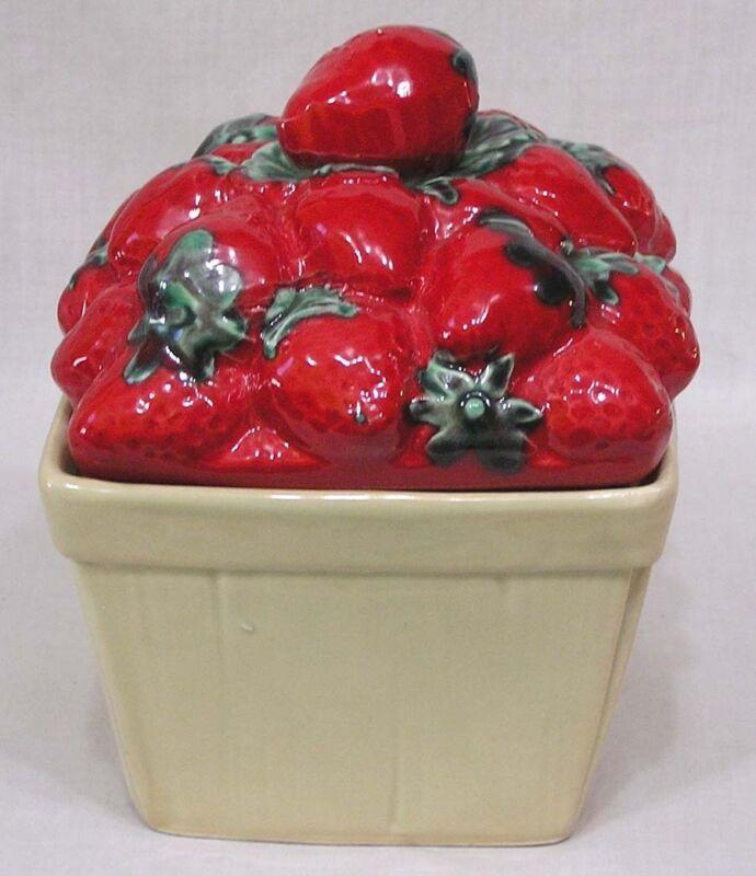Vintage House of Webster Figural Strawberry Basket Cookie Cracker Jar circa1970s