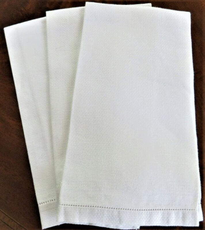 3 VINTAGE WHITE ON WHITE FANCY LINEN HAND TOWELS EXCELLENT CONDITION