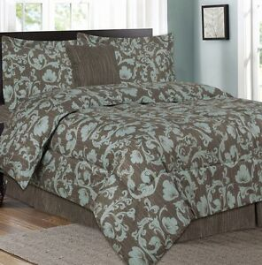 5 Pieces comforter set (queen)
