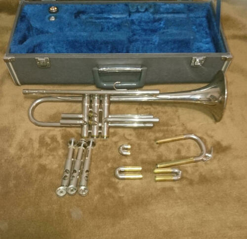 SPECIAL PRICE! YAMAHA YTR-135 Bb Trumpet Excellent+++ Condition #000760B