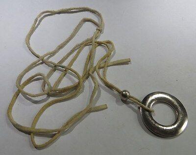 Collier cordelette beige avec perle et anneau plaqué argent