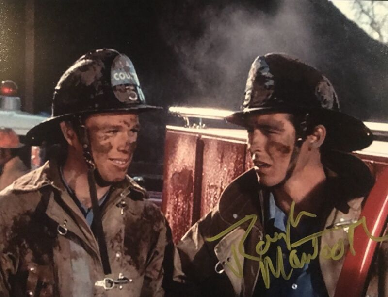 RANDOLPH MANTOOTH HAND SIGNED 8x10 PHOTO AUTOGRAPHED EMERGENCY RARE AUTHENTIC