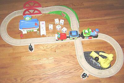 Leap Frog Phonics Railroad COMPETE SET Motorized Train, Alphabet song TOY