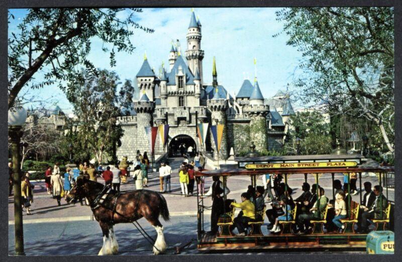 1960s DISNEYLAND~SLEEPING BEAUTY CASTLE & HORSE-DRAWN STREETCAR~UNUSED POSTCARD
