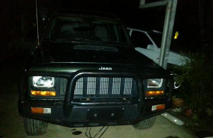 XJ Jeep Cherokee Front Bullbar