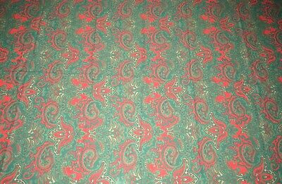 Table Cloth Oval Red/Green Paisley-like Pattern EIGHT Matching Napkins