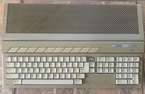 Atari 1040 ST computer. Cord only, no monitor, or manual.
