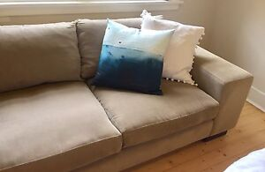 2.5 Seater Couch (Natural) St Kilda Port Phillip Preview