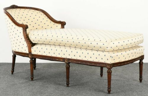 French Louis XVI Style Chaise Lounge, 19th Century