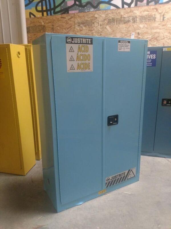 """Justrite 894502 Standard Corrosive Cabinet 45 gal Cap 65""""x43""""x18"""" Self-Closing"""