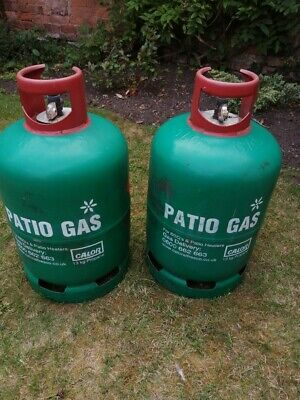 2 x 13kg propane gas bottle one full and one empty