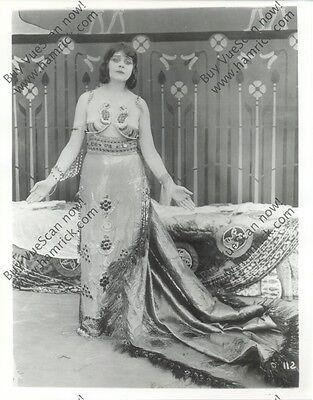 8x10 reprint still from 'Cleopatra' (1917) vamp silent star Theda Bara + BONUS!