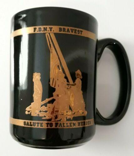 World Trade Center 9-11-01 Fallen Heroes FDNY Salute To Fallen Heroes Mug EXC