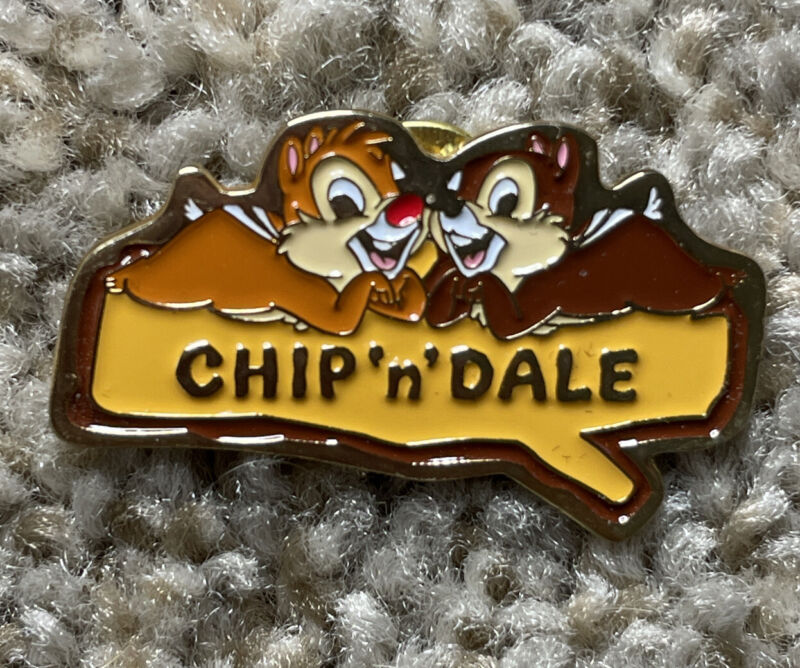 Chip and Dale on a Log Pin 19501 Disney