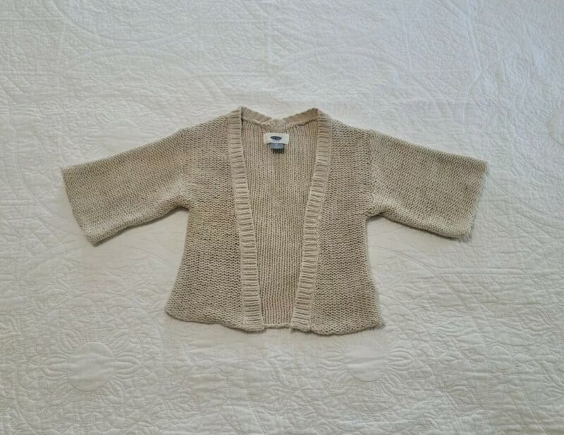 Old Navy Girls Cardigan Sweater Size 3 Toddler color Tan