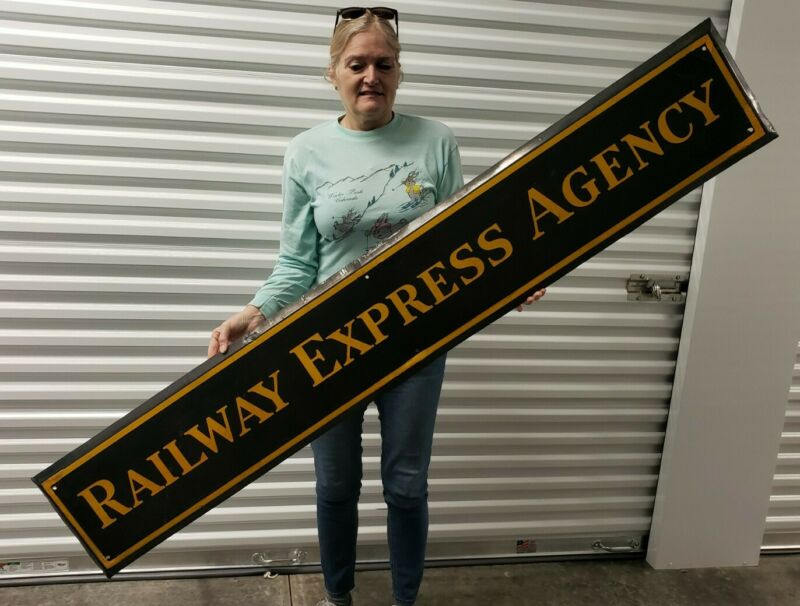 "ORIGINAL1930s Railway Express Agency Railroad 72"" Metal Porcelain Sign, CLEAN"
