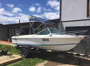 16ft HAINES HUNTER!! URGENT SALE!! Henley Beach Charles Sturt Area Preview