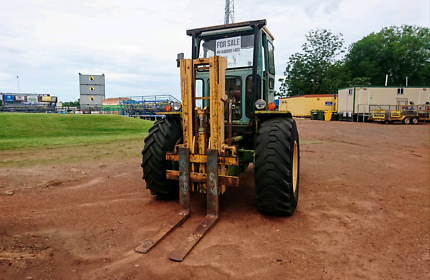 For Sale Chamberlain Fork Lift Tractor