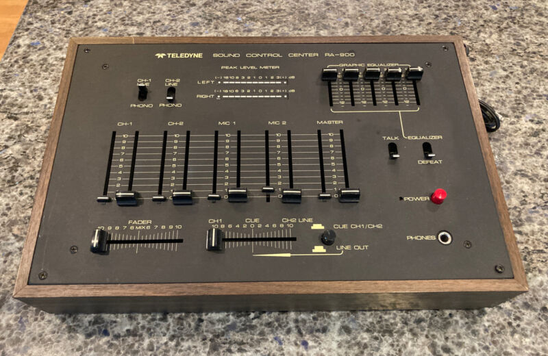 Vintage Teledyne Sound Control Center RA-900 Stereo Mixer Wood Grain *L@@K*