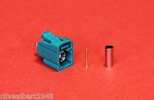 1 x FAKRA Universal Female RG174 Waterblue Code Z Connector