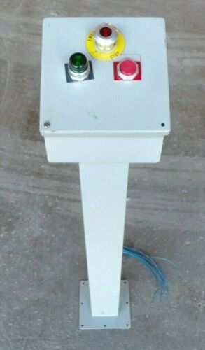 HOFFMAN C8C8 ENCLOSURE STAND ,W/ 3 ALLEN-BRADLEY PUSHBUTTONS, 55815 ELECTRIC BOX