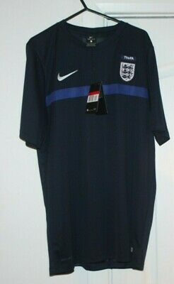 NIKE DRI FIT  ENGLAND FA T SHIRT LARGE  FOOTBALL SHIRT NAVY BLUE