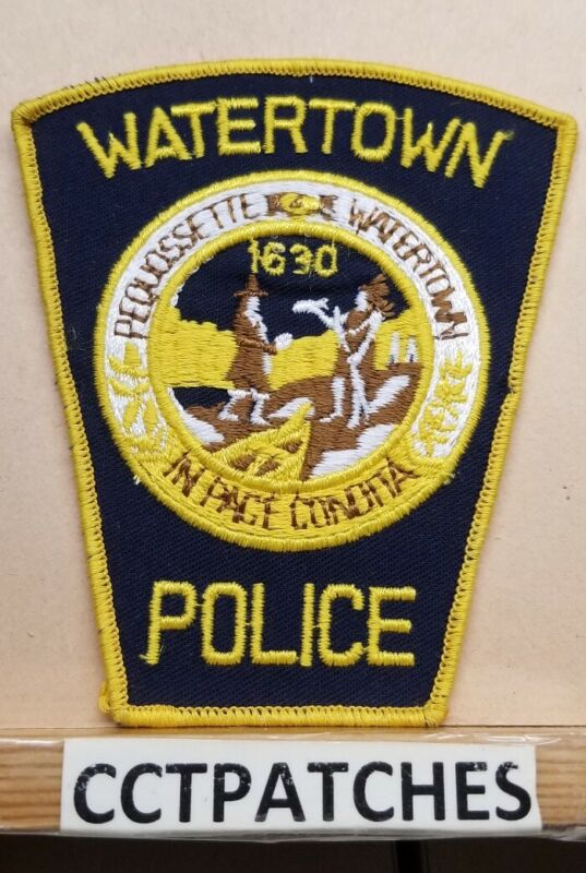 WATERTOWN, MASSACHUSETTS POLICE SHOULDER PATCH MA