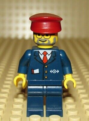 Lego minifigure CHRISTMAS HOLIDAY TRAIN CONDUCTOR 10173
