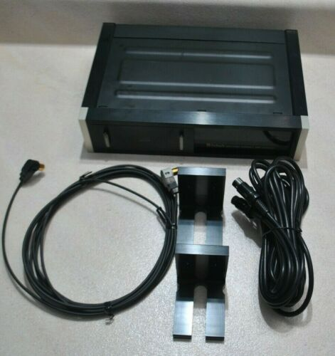 OLD SCHOOL MCINTOSH MCD4000 CD CHANGER WITH CHANGER CABLE AND FIBER OPTIC CABLE