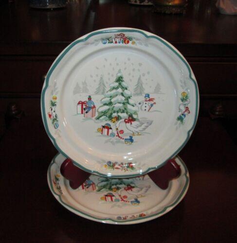 "Vtg COUNTRY CHRISTMAS Salad Plates 7 5/8"" Stoneware JAPAN #8966 Set of 2 NWOT"
