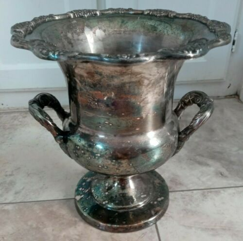 VINTAGE TOWLE LARGE HEAVY SILVERPLATED TROPHY CHAMPAYNE COOLER WITH HANDLES