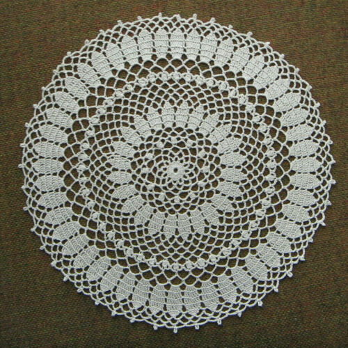 """New Hand Crocheted Doily Bobble clusters Natural 9.5"""" Round Handmade"""