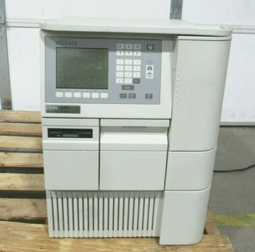 Waters Alliance 2695 HPLC System Separations Module Bad Display For Parts/Repair