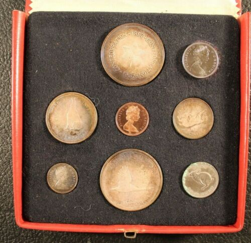 1867 - 1967 Royal Canadian Mint Ottawa Solid Silver Coin Set with Medal 6/20