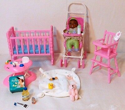 DISNEY BABY PRINCESS  TIANA BARBIE KELLY SZ W/ NURSERY FURNITURE & ACC DIORAMA