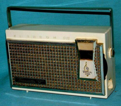 Emerson Model 911 El Dorado 9 Transistor Radio Plays