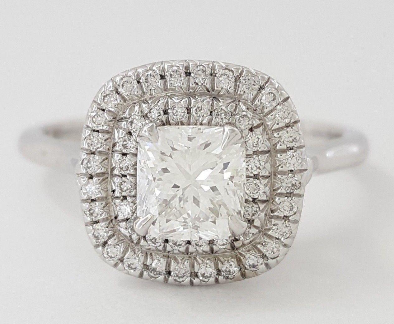 0.97 ct 18K White Gold Cushion Cut Diamond Double Halo Engagement Ring GIA E/VS1