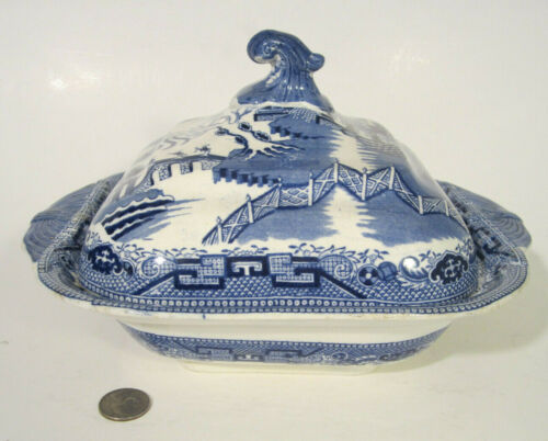 RARE Antique BLACKHURST TUNNICLIFFE England BLUE WILLOW Covered Vegetable Bowl