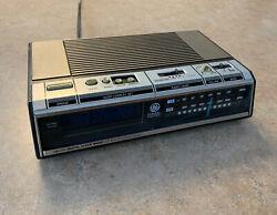 Vintage GE 1980's Alarm Clock Radio No 7-4646A AM FM Blue Wood Grain TESTED